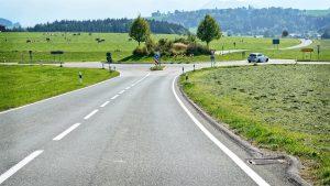 Aanrijding voor rotonde