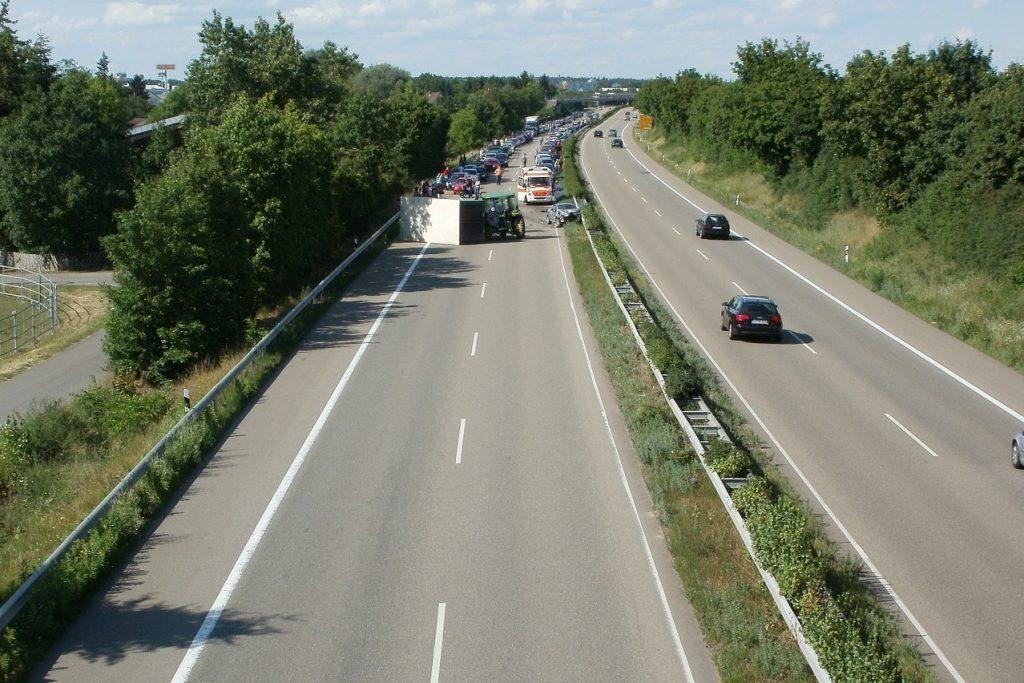 Aanrijding van achteren op snelweg